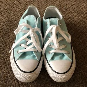 Women's Pretty Blue Converse All Stars Size 6